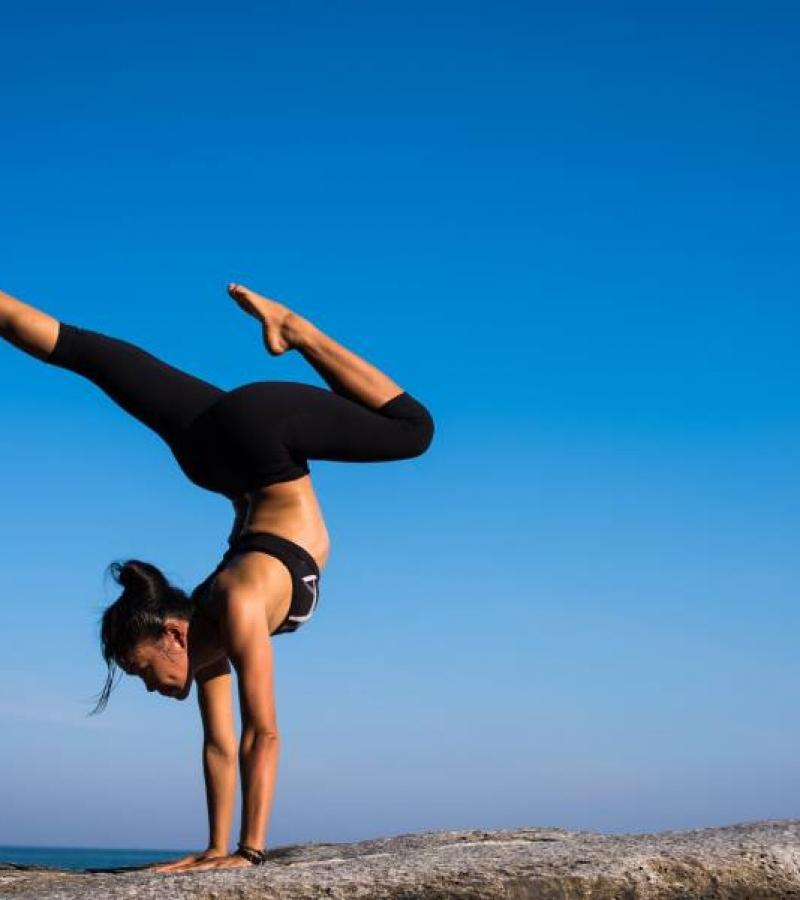 yoga sailing week
